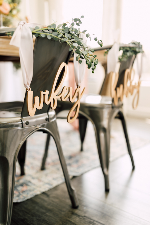 hubby and wifey chair signs for wedding. laser cut wedding decor